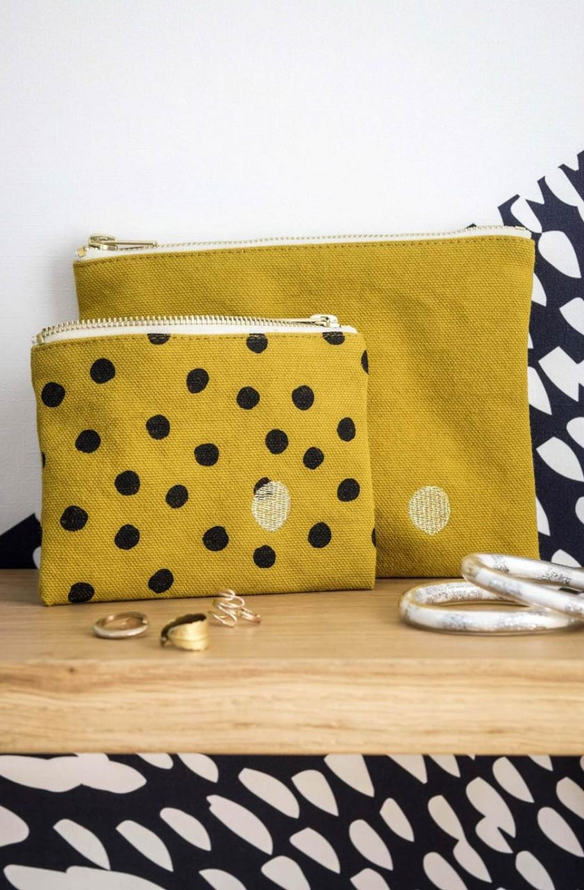 Pouch Colombo M