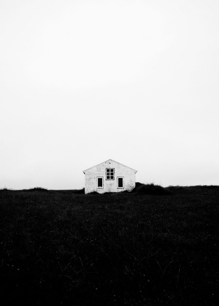 Lonely House Poster (50 x 70cm)