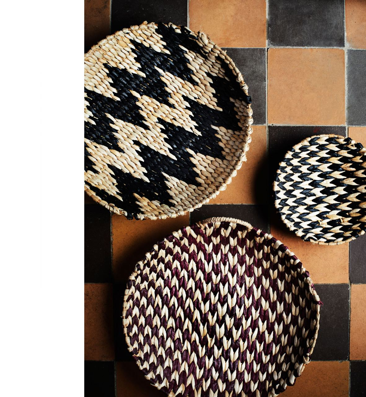 Round Wicker Tray Natural/Black