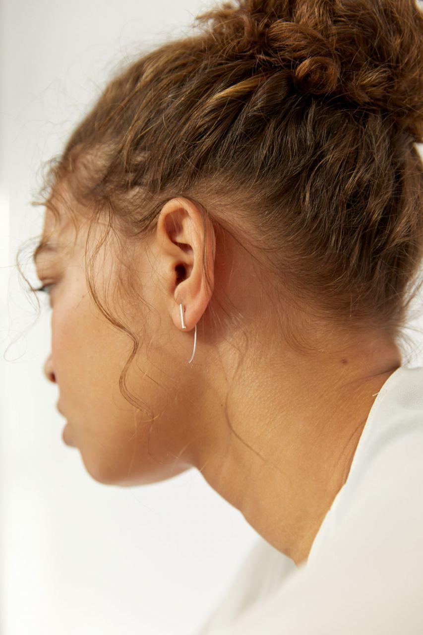 Minimal Bar Curve Ohrringe