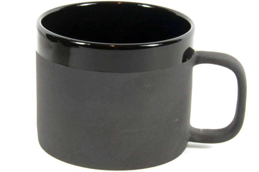 Becher M Matte Black