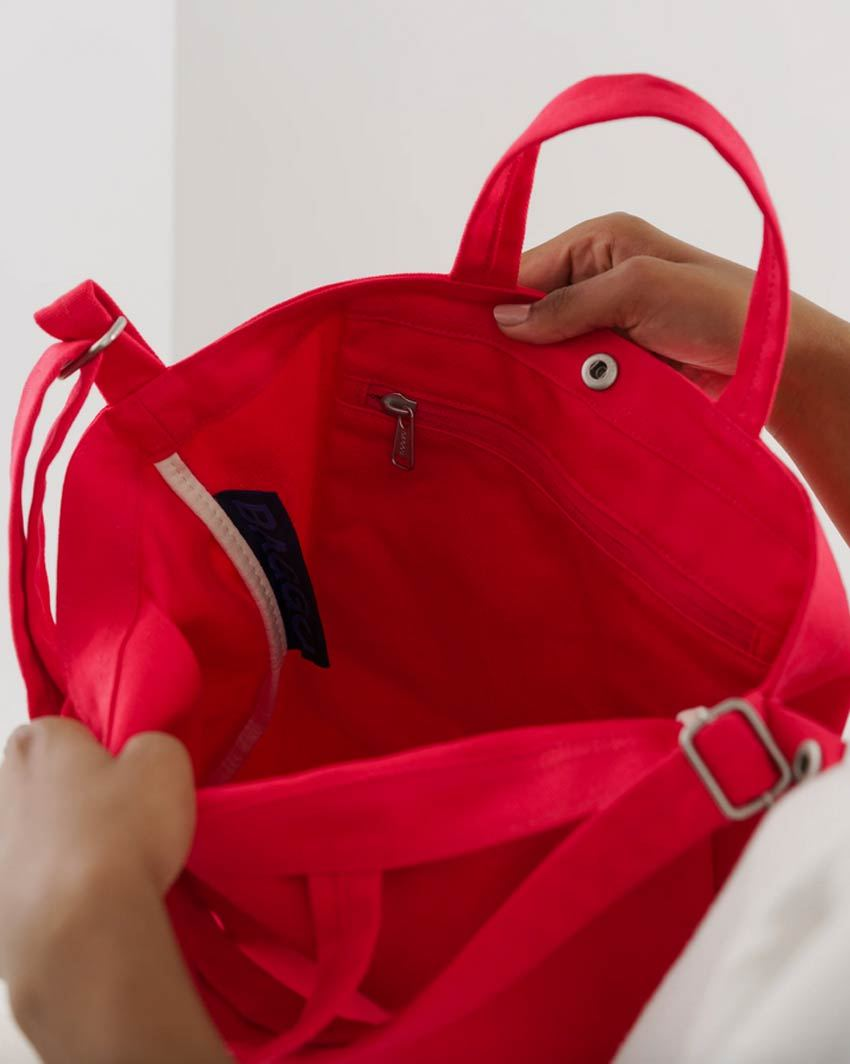 Horizontal Duck Bag Punch Red