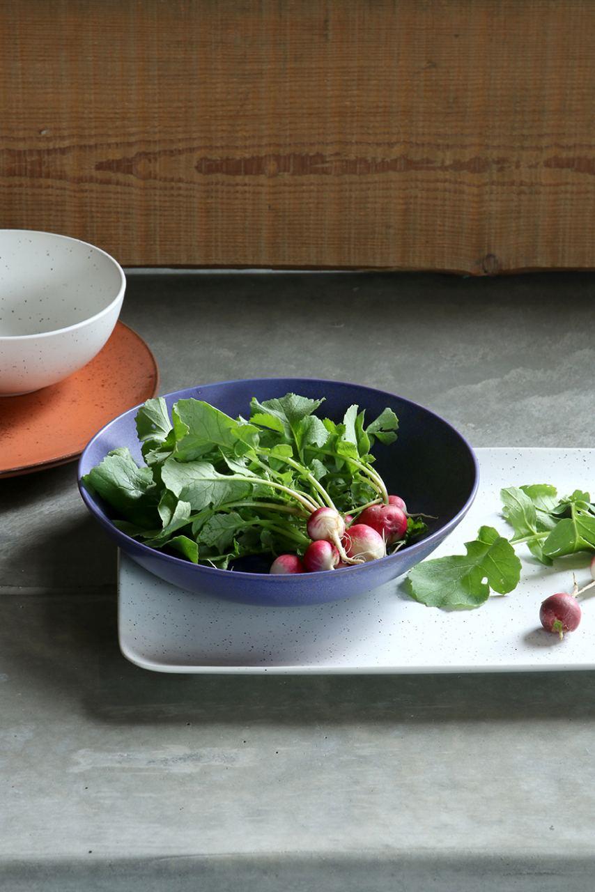 Bold & Basic Ceramics: Tiefer Teller Purple