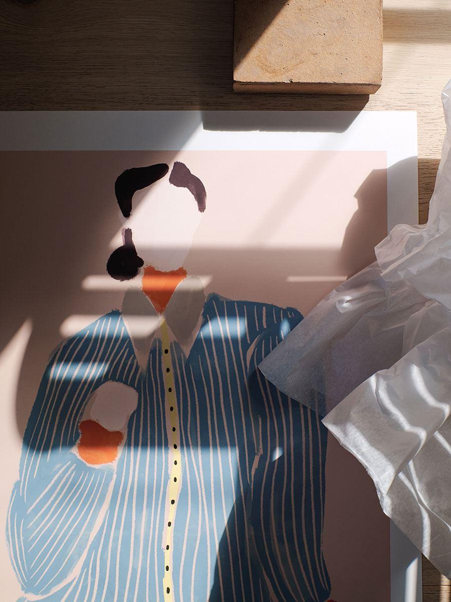 Kvinde I Blå Poster (50x70cm)
