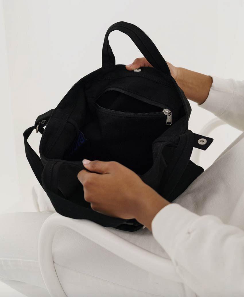 Horizontal Duck Bag Black