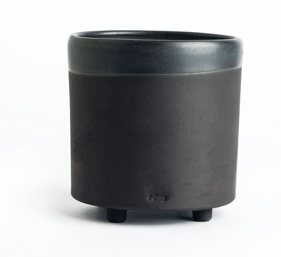 Planter 1500 Black