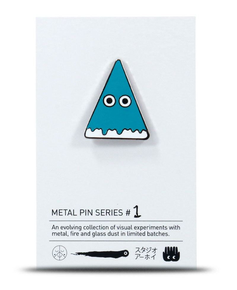 Metal Pin Pyramid