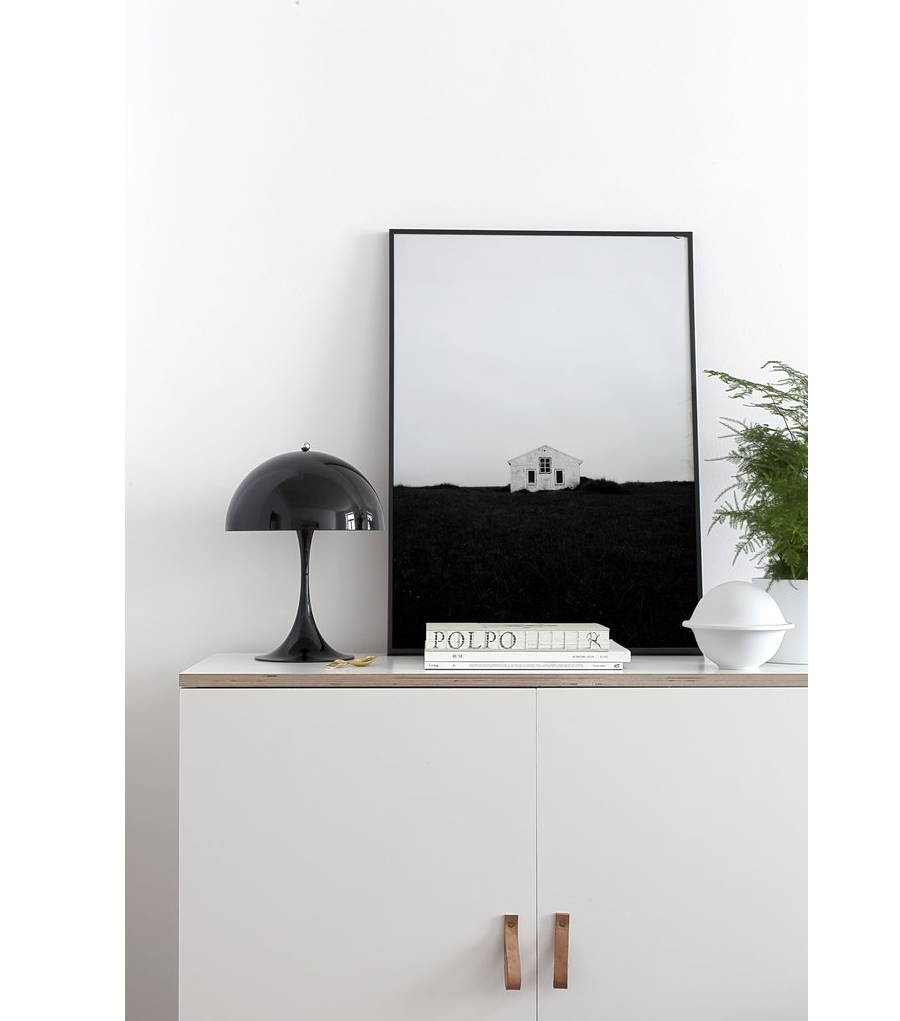 Lonely House Poster (50x70cm)