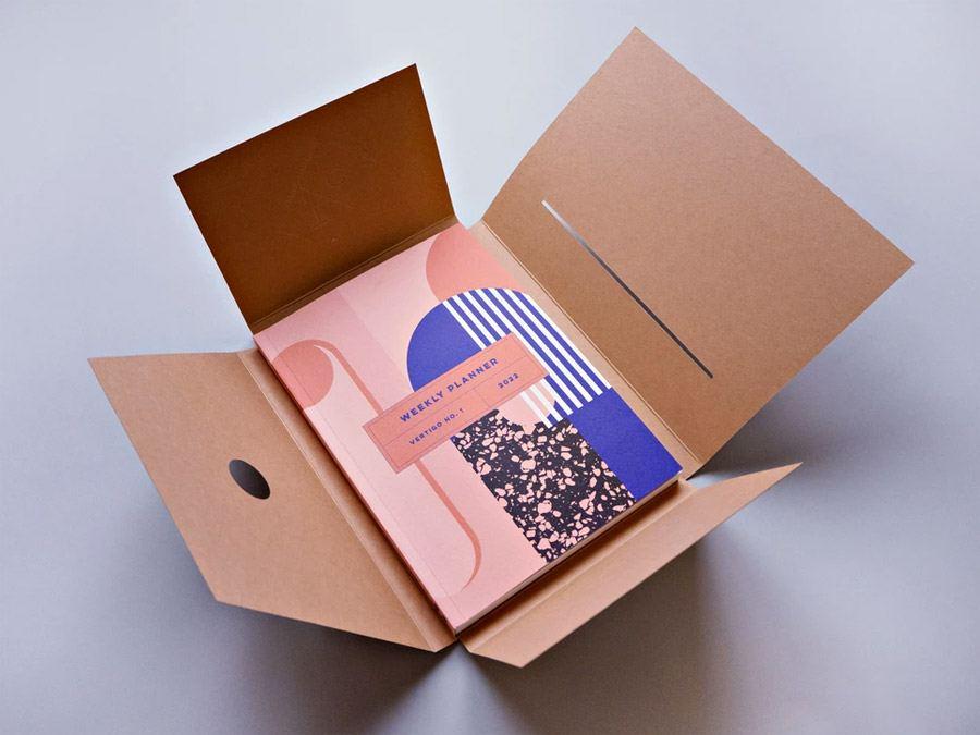 Vertigo No.1 2022 Weekly Lay Flat Planner Book