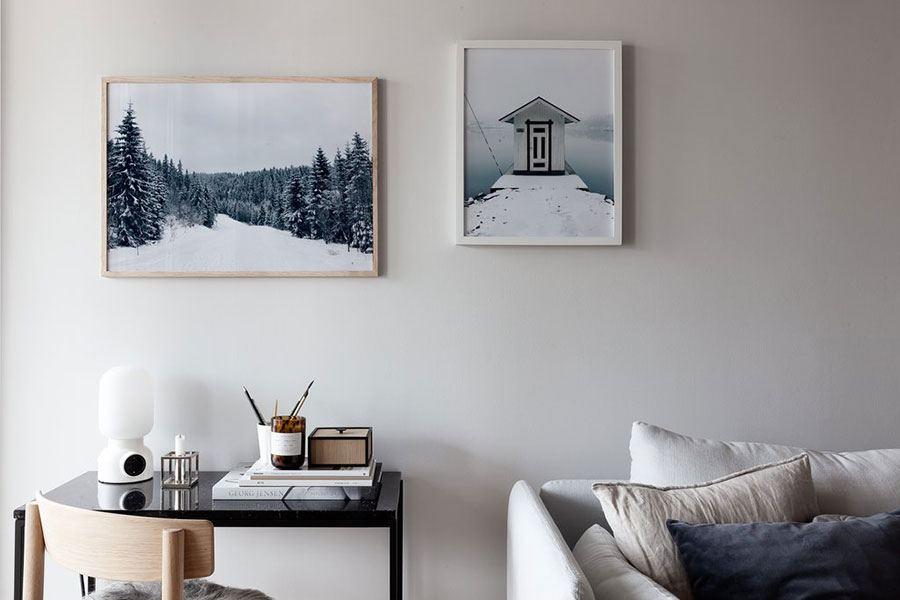 Snowy House Poster (40 x 50cm)