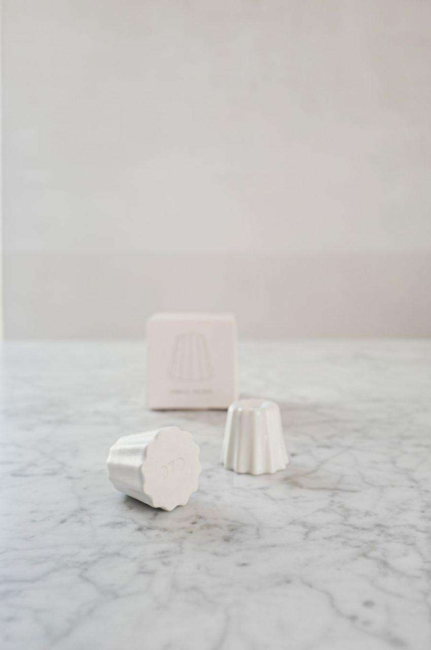 OVO Things Kerzenhalter Glossy White