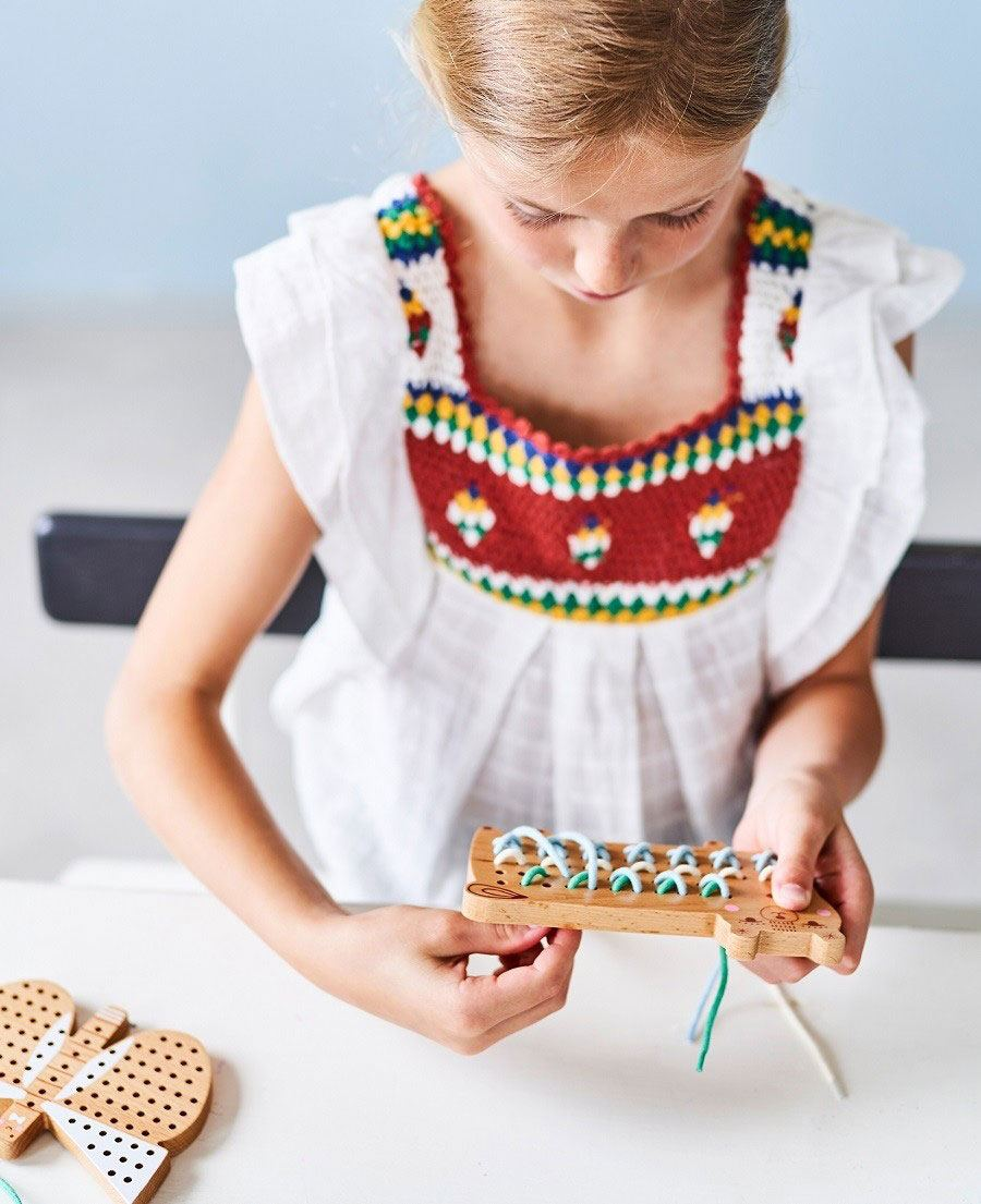 Schmetterling Kreuzstich-Spiel aus Holz