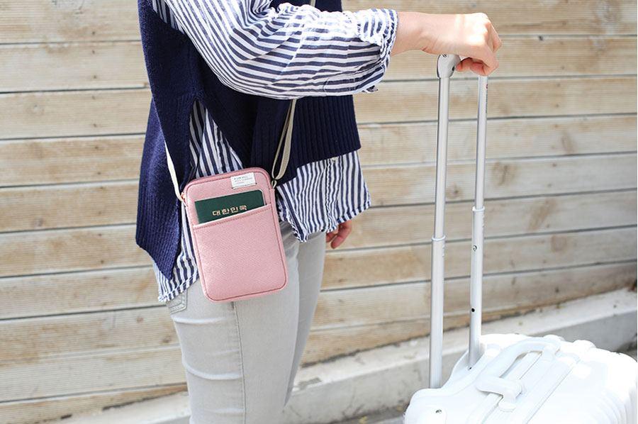 Low Hill Pocket Side Bag Indipink