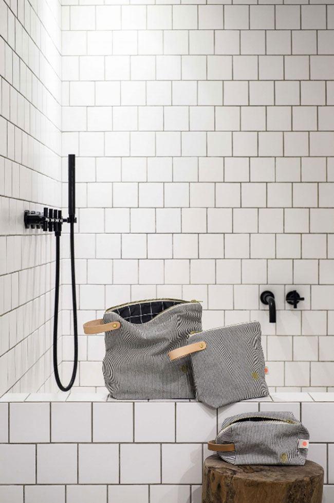Toiletry Bag Finette Caviar GM