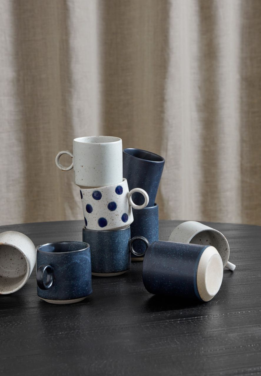 GRAINY Tasse mit Henkel Dots Keramik Sand/Blue