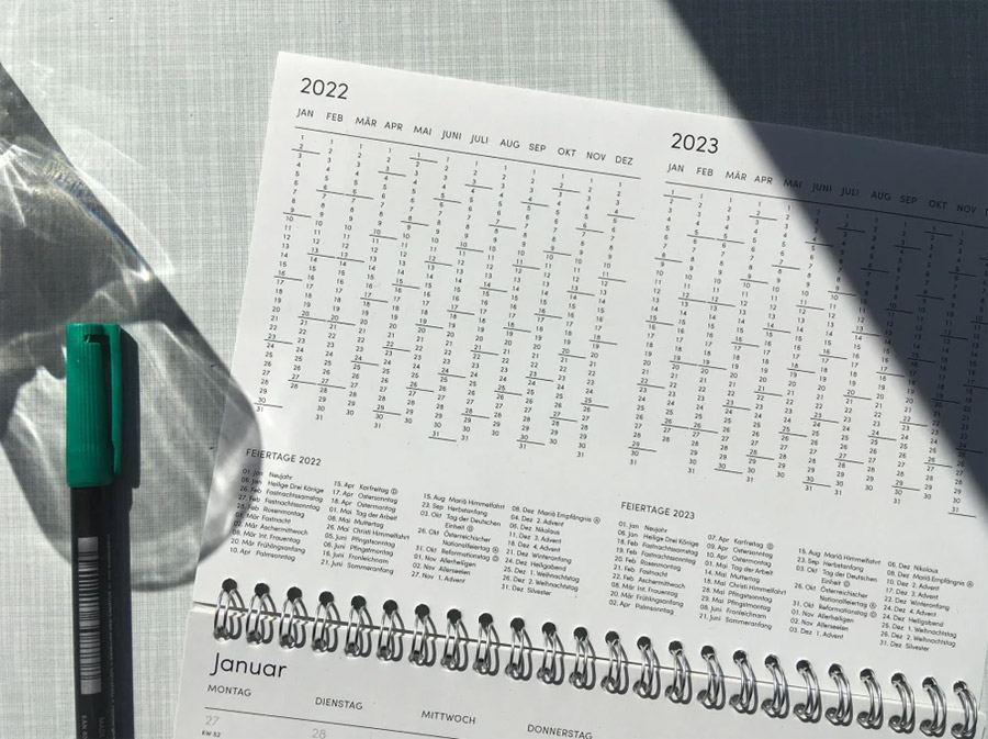 The Boring Day Tischkalender 2022 80s Crush